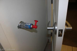 amazing-ways-to-prank-friends-april-fools-door-horn